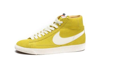 黄颜色裤子搭配_黄色鞋子怎样搭配裤子?搭配到位让你自信时尚_靓嘎网